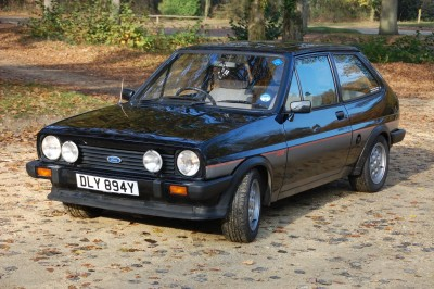 Ford Fiesta XR2 (34 фото)